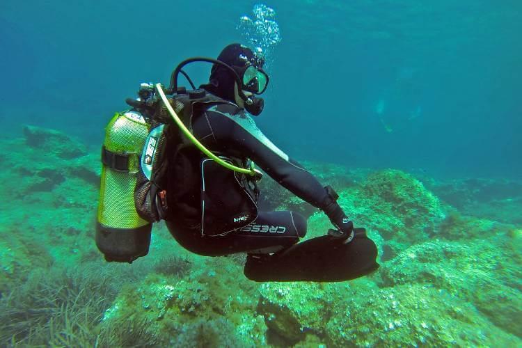 better buoyancy control while scuba diving