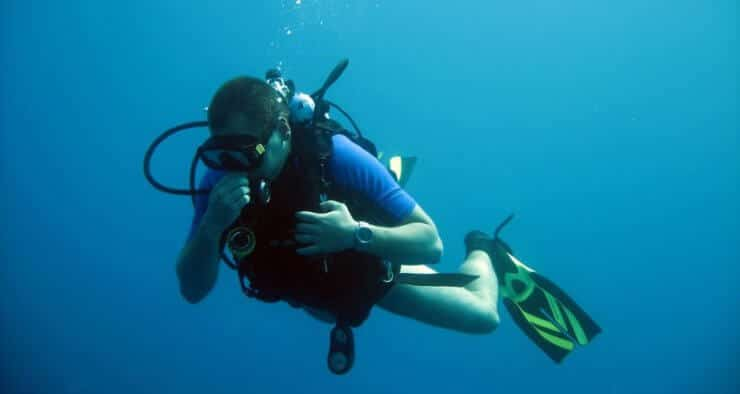 cannot breath through nose when diving
