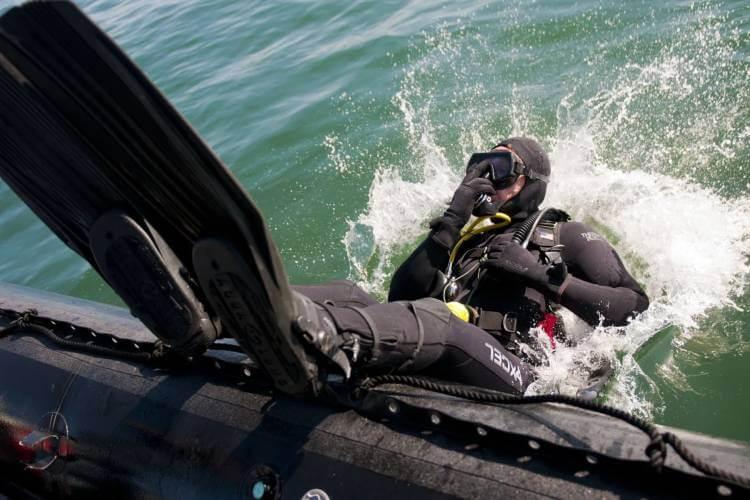 what does scuba mean
