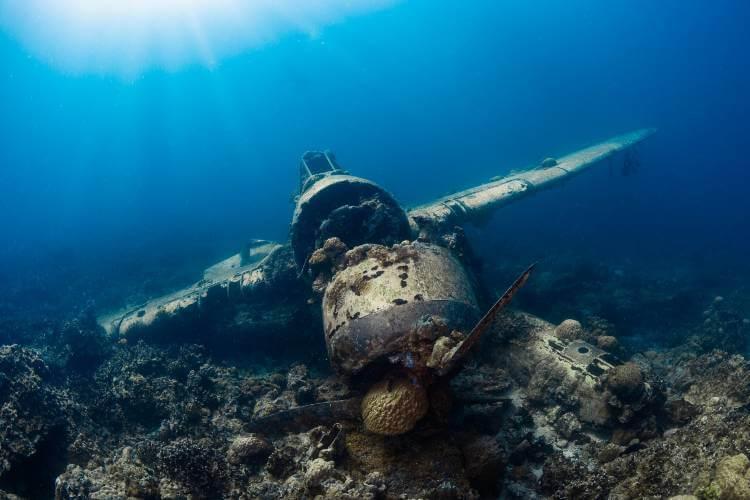 wreck underwater