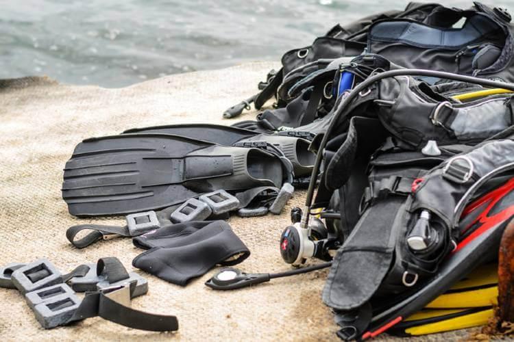 rescue dive equipment list